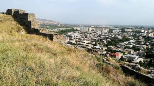 vídeos y material grabado en eventos de stock de top view of gori city. georgia - monumento