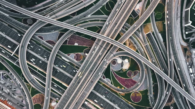 t/l top view of road intersection / dubai, uae - elevated road stock videos & royalty-free footage