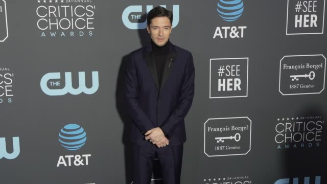 topher grace at the 24th annual critics' choice awards at barker hangar on january 13, 2019 in santa monica, california. - topher grace stock videos & royalty-free footage
