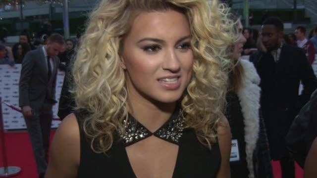 tori kelly on performing with professor green, playing wembley, her love for her fans and how she feels on the red carpet at mobo awards 2014 at... - wembley arena stock videos & royalty-free footage