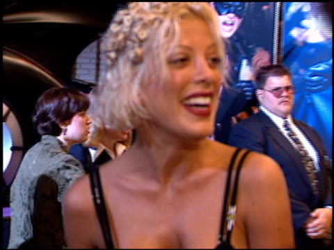 tori spelling at the 'batman foreve'r premiere on june 9, 1995. - tori spelling stock videos & royalty-free footage