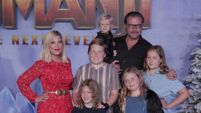"tori spelling at the premiere of ""jumanji: the next level"" on december 09, 2019 in hollywood, california. - tori spelling stock videos & royalty-free footage"