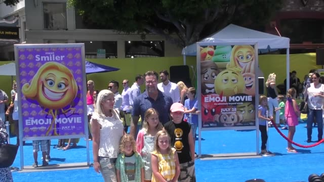 tori spelling & dean mcdermott at the premiere of columbia pictures and sony pictures animation's 'the emoji movie' - arrivals on july 23, 2017 in... - tori spelling stock videos & royalty-free footage
