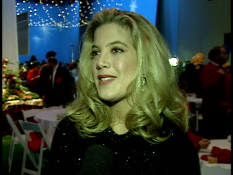 tori spelling talks about the parade. - tori spelling stock videos & royalty-free footage