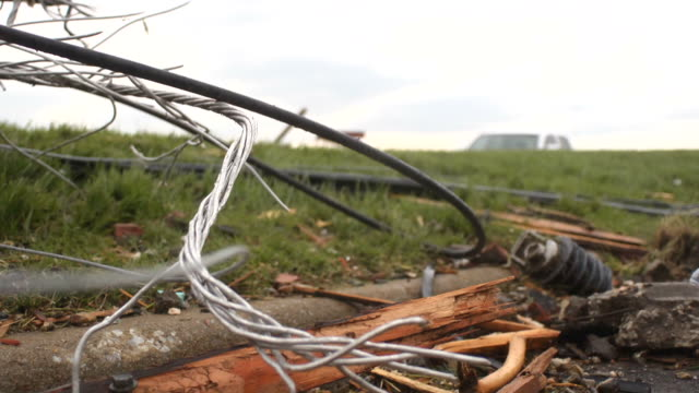 stockvideo's en b-roll-footage met tornado damage - beschadigd
