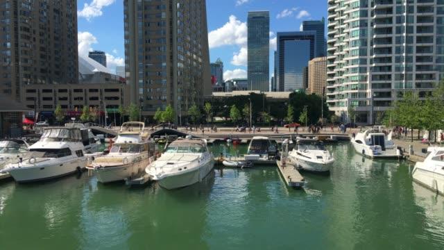 toronto, canada, yachts in the waterfront - lake ontario bildbanksvideor och videomaterial från bakom kulisserna