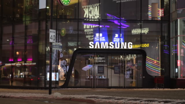 toronto ontario canadadecember 25 2019 entrance to the new samsung store in the eaton center right across yongedundas square the luxurious store is a... - symbol stock videos & royalty-free footage