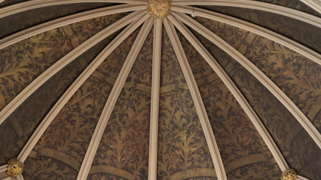 toronto, ontario, canada-july 18, 2020: tilt up of the architecture in the dome at the saint james cathedral. the dome is on top of the main altar in... - anglican stock videos & royalty-free footage