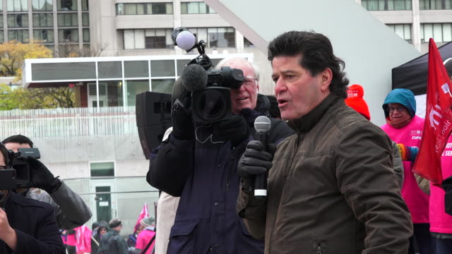 toronto ontario canadanovember 9 2019 jerry dias leader of unifor address the protestors unifor and the ontario health alliance plus about twelve... - part of a series stock videos & royalty-free footage