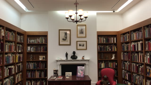 toronto reference library: tilt down to arthur conan doyle thematic room or collection. the landmark is a tourist attraction in the canadian city for... - arthur conan doyle stock videos & royalty-free footage