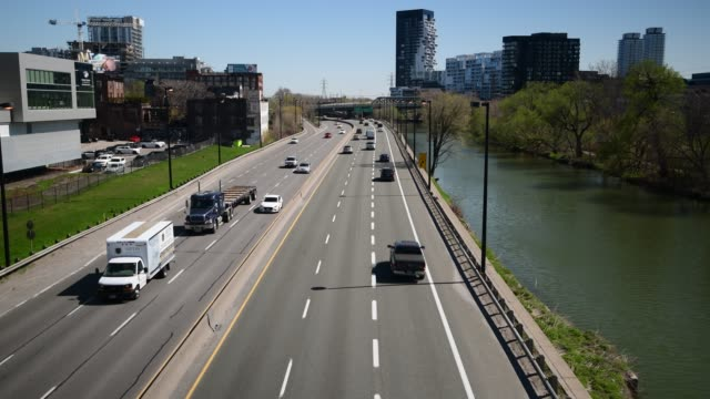 stockvideo's en b-roll-footage met dvp toronto - tweebaansweg