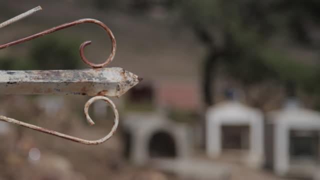 vidéos et rushes de torotoro hills & lands - fondu d'ouverture