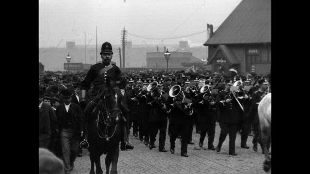 vidéos et rushes de torpedo flotilla visit to manchester 1901 - 1901