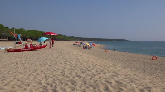 pan / torre di bari beach - spiaggia stock videos & royalty-free footage