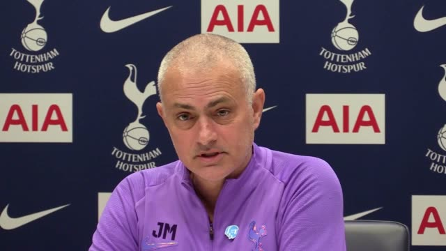 tottenham boss jose mourinho has accepted dele alli's apology after the midfielder appeared to joke about the coronavirus on social media alli posted... - スナップチャット点の映像素材/bロール
