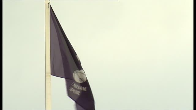 tottenham hotpsur could play an entire season on the road while new stadium is built; london: white hart lane: ledley king interview sot tottenham... - グランドキーパー点の映像素材/bロール