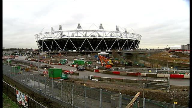 tottenham hotspur bid to take over london 2012 olympic stadium details of bid england london stratford olympic 2012 stadium closer shot showing... - ロンドン オリンピックパーク点の映像素材/bロール