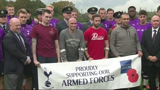 Tottenham Hotspur training and Poppy Appeal ENGLAND London Enfield Training Centre EXT Tottenham Hotspur team pose for photocall with the Royal...
