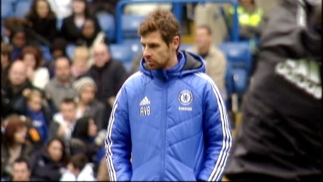 tottenham manager andre villasboas in campaign to prevent children joining gangs r19121101 / tx stamford bridge ext villasboas at chelsea training... - スタンフォードブリッジ点の映像素材/bロール