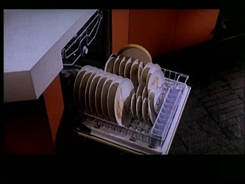 vidéos et rushes de touch of magic 13 of 14 - lave vaisselle