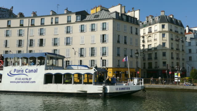 Tour Boat, Canal St. Martin at Quai de Valmy, Paris, Ile de France, France