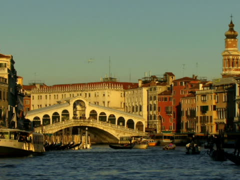 ws tour boats and gondolas traveling on grand canal near rialto bridge / venice, italy - unknown gender stock videos & royalty-free footage