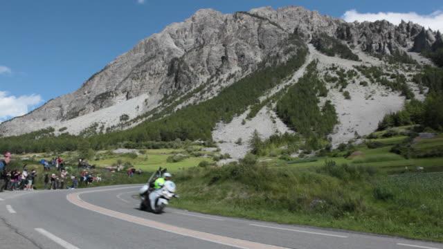 ws tour de france cyclists descend the col de montgenèvre, briançon, france - tour de france stock videos & royalty-free footage