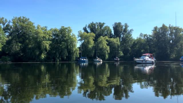 tour showing the center island in lake ontario - lake ontario bildbanksvideor och videomaterial från bakom kulisserna
