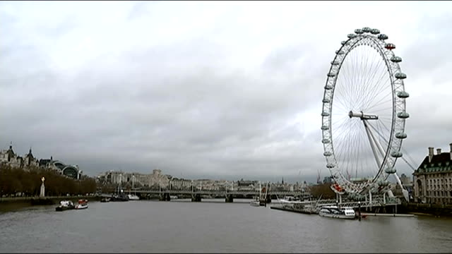 london westminster ext various shots of tourists in westminster shouting sot 'london' millennium wheel seen throufh space in bridge bv ferry away... - star jump stock videos & royalty-free footage