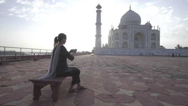 tourist at taj mahal. india. - tourist stock videos & royalty-free footage