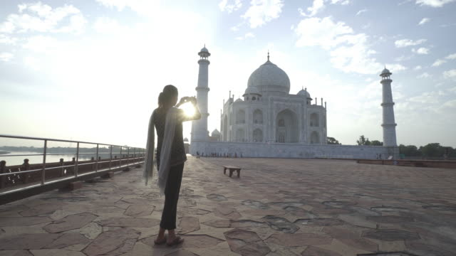 tourist at taj mahal. india. - agra stock videos and b-roll footage