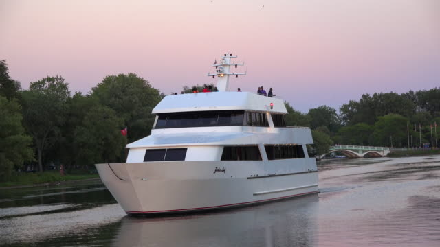 Tourist cruise vessel in Centre Island waterways Nautical activities in Lake Ontario are a major tourist attraction in the Canadian city
