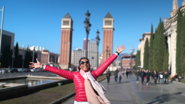 tourist in barcelona - hot pink stock videos & royalty-free footage