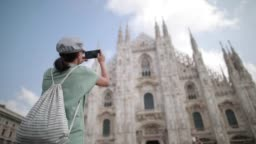 Tourist in Milan