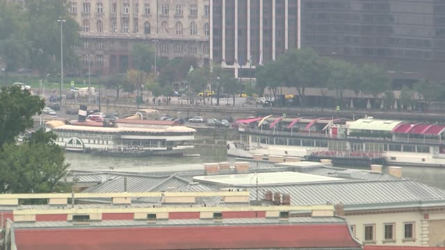 tourist ships on danube - donau stock-videos und b-roll-filmmaterial