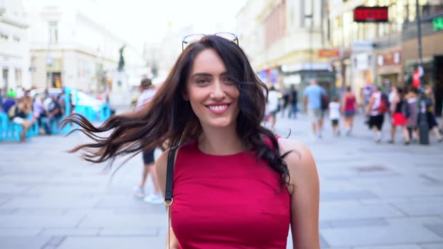 tourist woman in vienna - beautiful woman stock videos & royalty-free footage