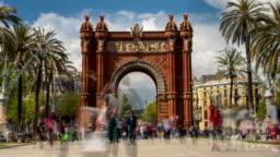 Touristic Barcelona, Arc de Triumph. Time Lapse. Long exposure. Silk effect.