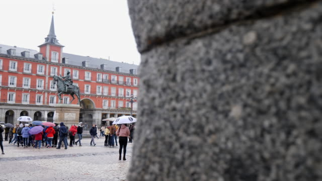 tourists at plaza mayor in madrid - mayor stock videos & royalty-free footage