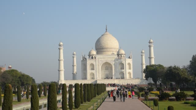tourists at taj mahal, agra, india. - agra stock videos and b-roll footage
