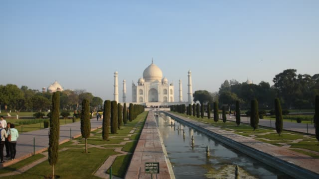 tourists at taj mahal, unesco world heritage site, agra, india. - agra stock videos and b-roll footage