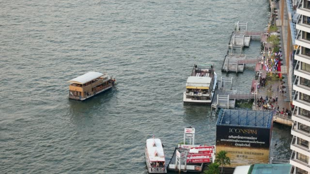 tourists boats in chao phraya river - river chao phraya stock videos & royalty-free footage
