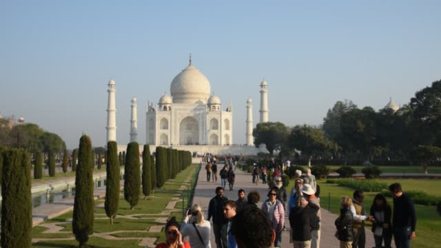 Tourists from around the world visit to the Taj Mahal, Agra, India.