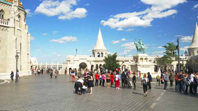 Tourists Moving In Budapest Fisherman's Bastion