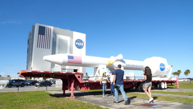 tourists visiting kennedy space center. - nasa video stock e b–roll