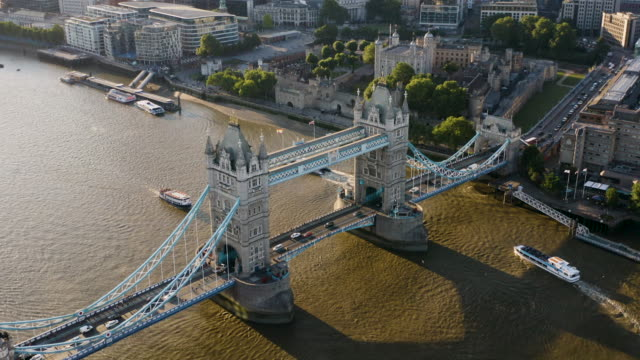 tower bridge at sunset - london bridge england stock videos & royalty-free footage