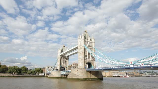 tower bridge-hd-video - vignettierung stock-videos und b-roll-filmmaterial
