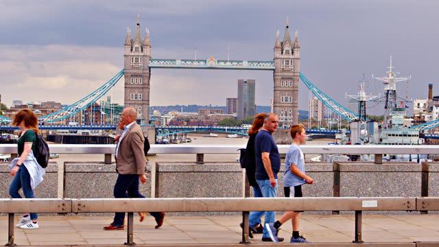 tower bridge. london bridge. classic view - tower bridge stock videos & royalty-free footage