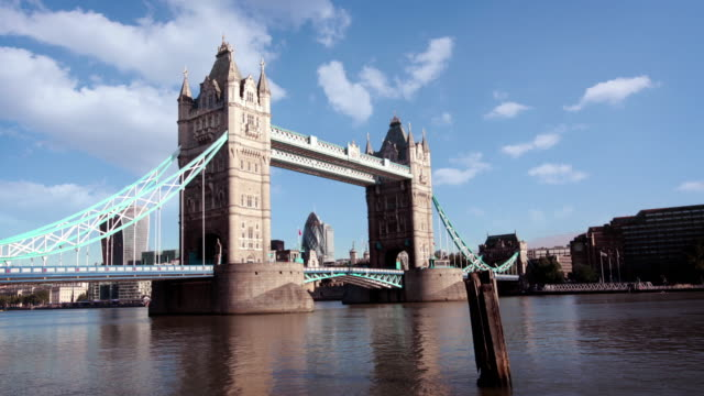 tower bridge london hyperlapse - tower bridge stock videos & royalty-free footage