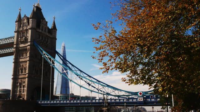 tower bridge london, london skyline and financial district near thames river - tower bridge stock videos & royalty-free footage