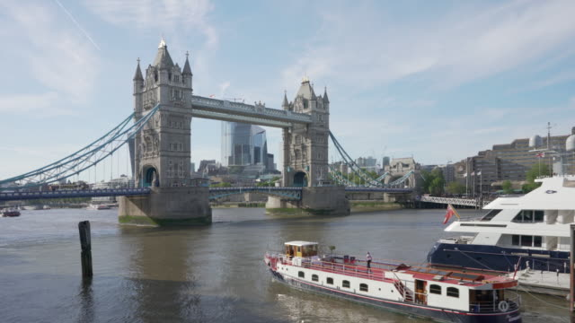tower bridge london - tower bridge stock videos & royalty-free footage